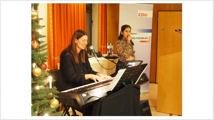 Gesangsduo Tara Sofie Ley und Kerstin Bärenz